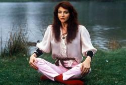 Kate Bush lakeside