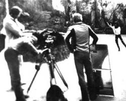 Filmcrew at work, filming 'Moving' in April 1978