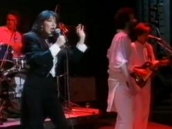 Kate Bush performing 'Them Heavy People' on Revolver